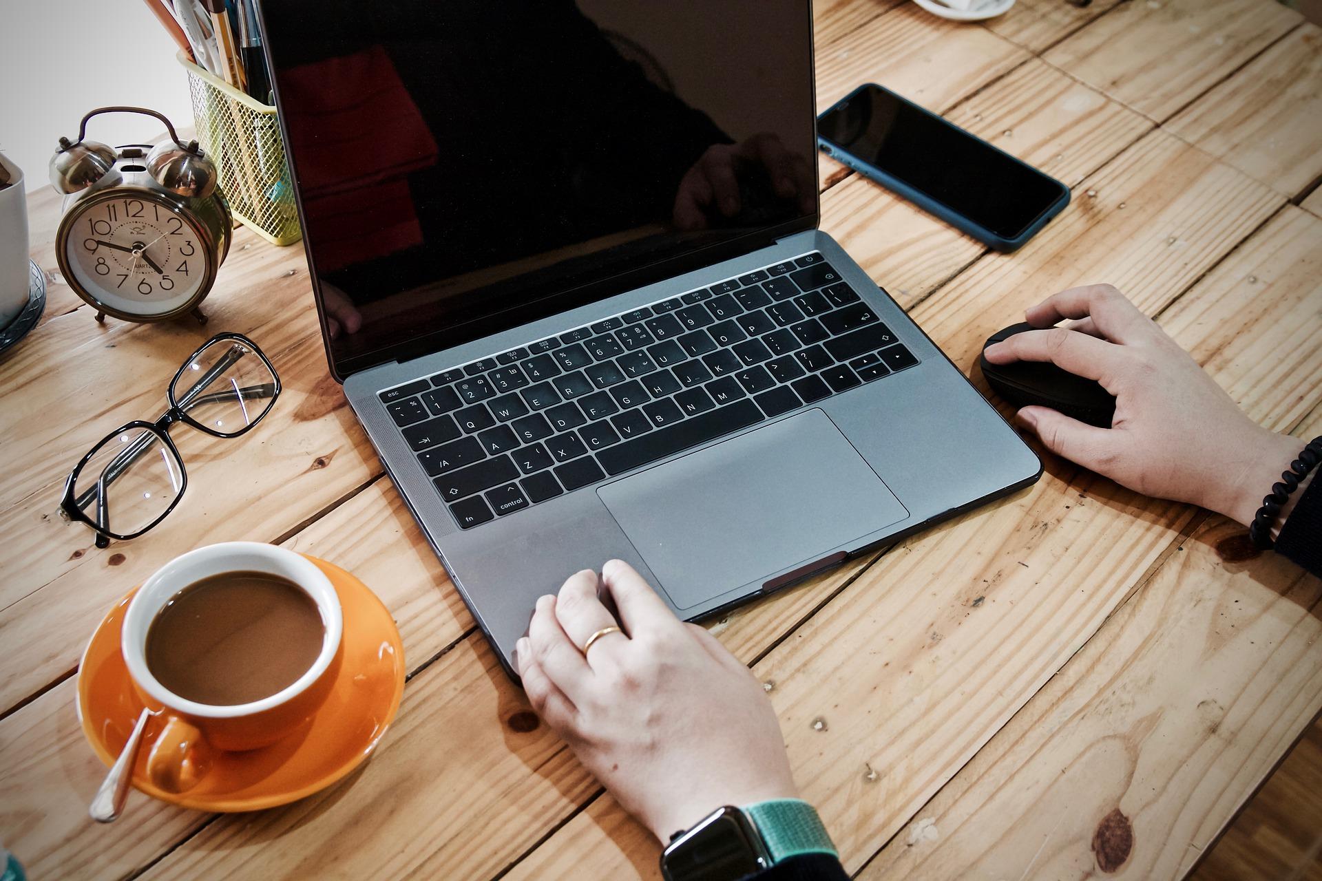 Come intraprendere una carriera freelance grazie alle professioni digitali da remoto