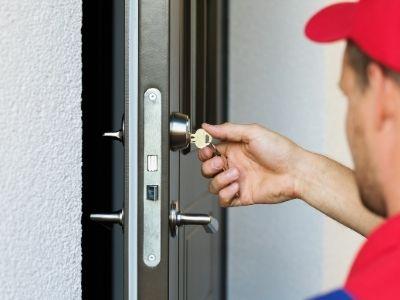 Porta blindata bloccata: come aprirla e cambiare la serratura