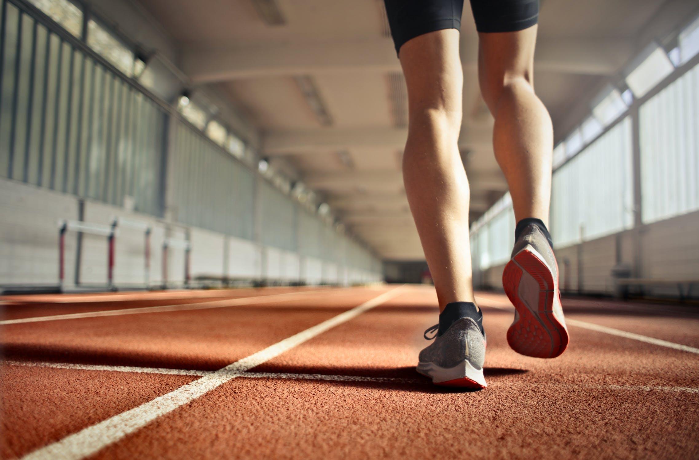 4 esercizi di velocità per aiutarti a correre più velocemente